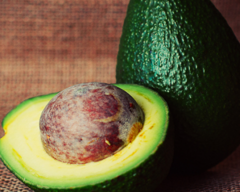 compound in avocados leukemia